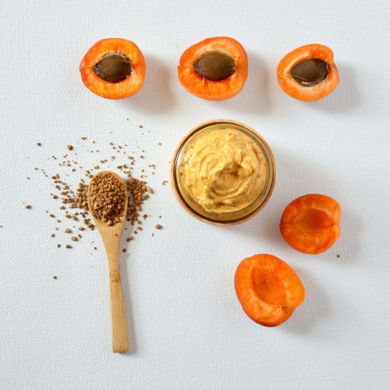 Recette-gommage-vitaminé-noyaux-abricot